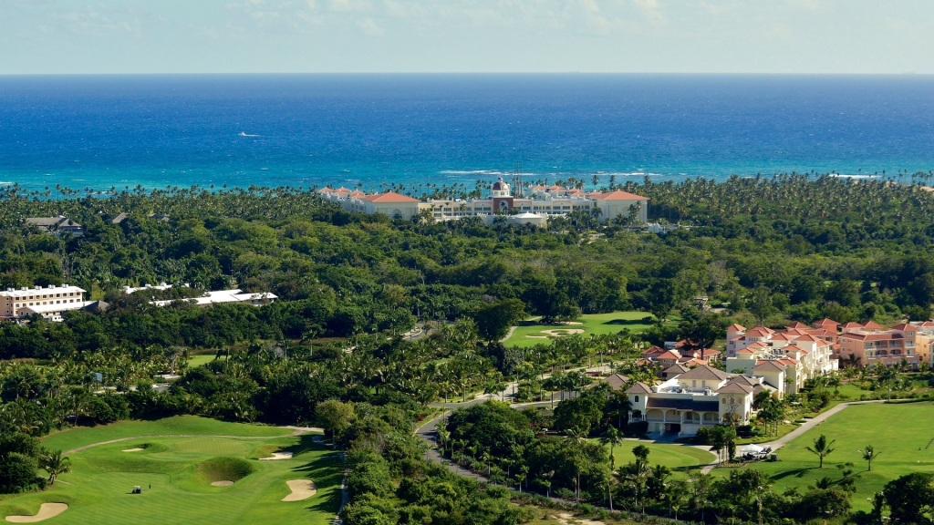 Family Dominican Republic All-Inclusive Resort Iberostar vacation